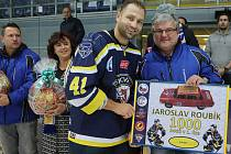 Hráč Jaroslav Roubík slaví 1000 bodů v první lize. Slovan porazil České Budějovice 2:0