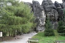 Unikátní skalní město v Tisé chtějí ochránci přírody vyhlásit jako zvlášť chráněné území.