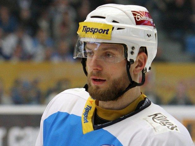 Hokejový útočník Tomáš Sýkora.
