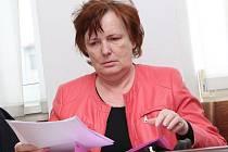 Bývalá starostka Neštěmic Miloslava Válková u Okresního soudu.
