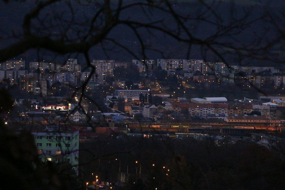 Ze střekovské vyhlídky Sedlo máte město jako na dlani.
