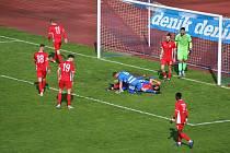 Blanenští fotbalisté (v červeném) podlehli Ústí nad Labem 1:2.