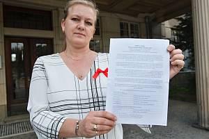 Peticí bojují za záchranu domácí péče. Na snímku Zdeňka Černá, vedoucí charitní ošetřovatelské služby Liberec.