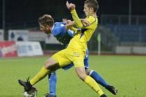 Ústečtí fotbalisté (modří) doma porazili Varnsdorf.
