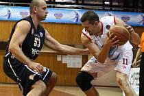 Chomutov - Děčín, basketbalové derby ve 4. kole NBL.