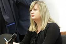 U Okresního soudu v Ústí nad Labem stojí opět bývalá náměstkyně primátora Zuzana Kailová