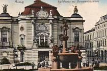 Městské divadlo v Ústí 1913, bylo postaveno v roce 1909