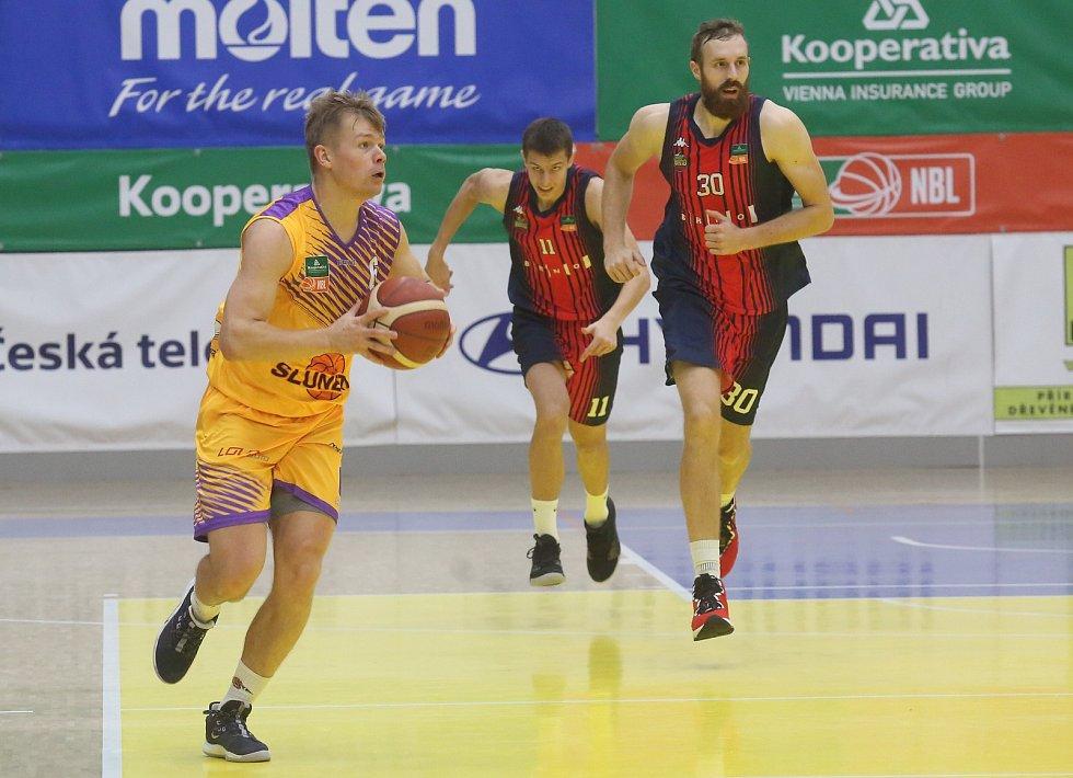 Michal Šotnar. Sluneta Ústí - Brno, KNBL 2020/2021