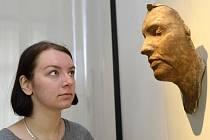 Posmrtná maska Jana Palacha vznikla potají 19. ledna 1969 v Ústavu soudního lékařství na Albertově. Vytvořil ji Olbram Zoubek. V Ústí bude k vidění do 11. srpna.