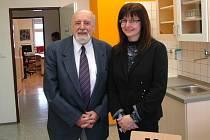 O vybudování oddělení genetiky v Ústí se před 34 lety postaral primář Josef Kofer. Před šesti lety odešel do důchodu a nyní v čele genetiky stojí primářka Jana Laštůvková.