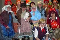 Úspěšnost čtvrtého ročníku reprezentačního maškarního plesu Šibřinky v Libouchci byla stoprocentní.