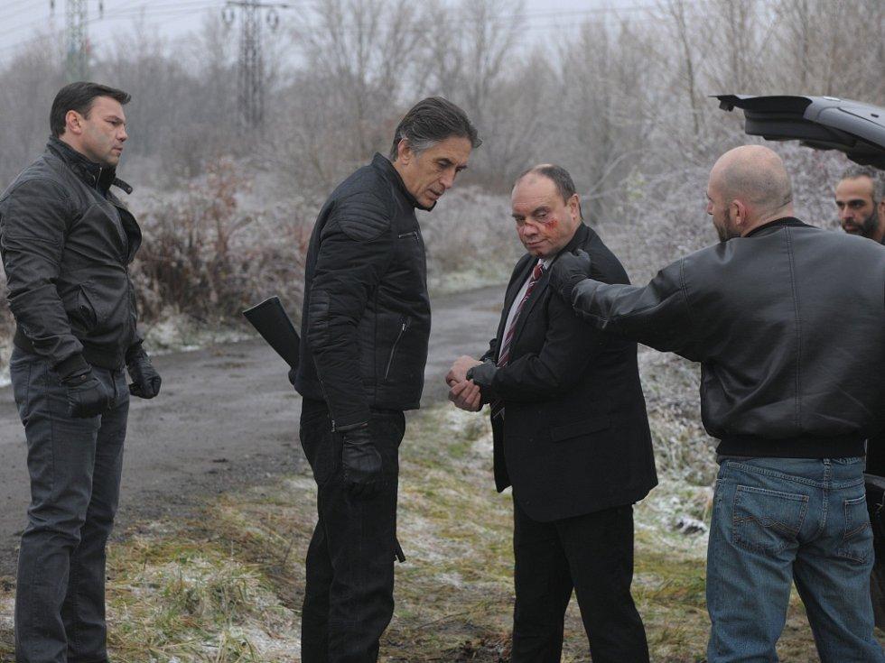 Litoměřický boxer Roman Kracík (vlevo) při natáčení filmu Gangster KA.