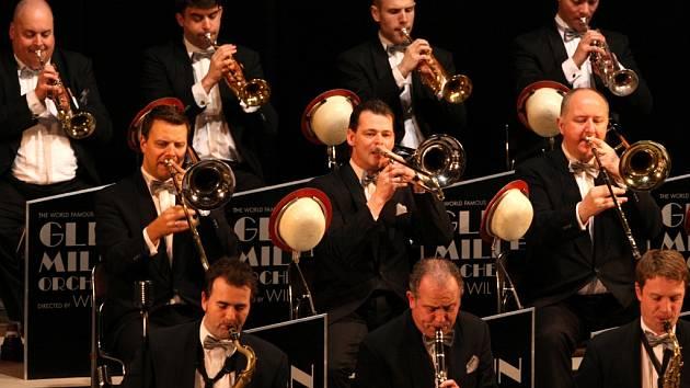 Jediná show v Ústeckém kraji představí velké swingové hity 11. ledna 2013 v DK Ústí.