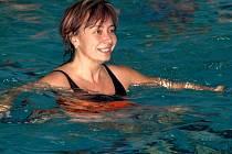 Městské lázně se vrací k oblíbenému programu cvičení aquaaerobicu pro seniory. Ilustrační foto.