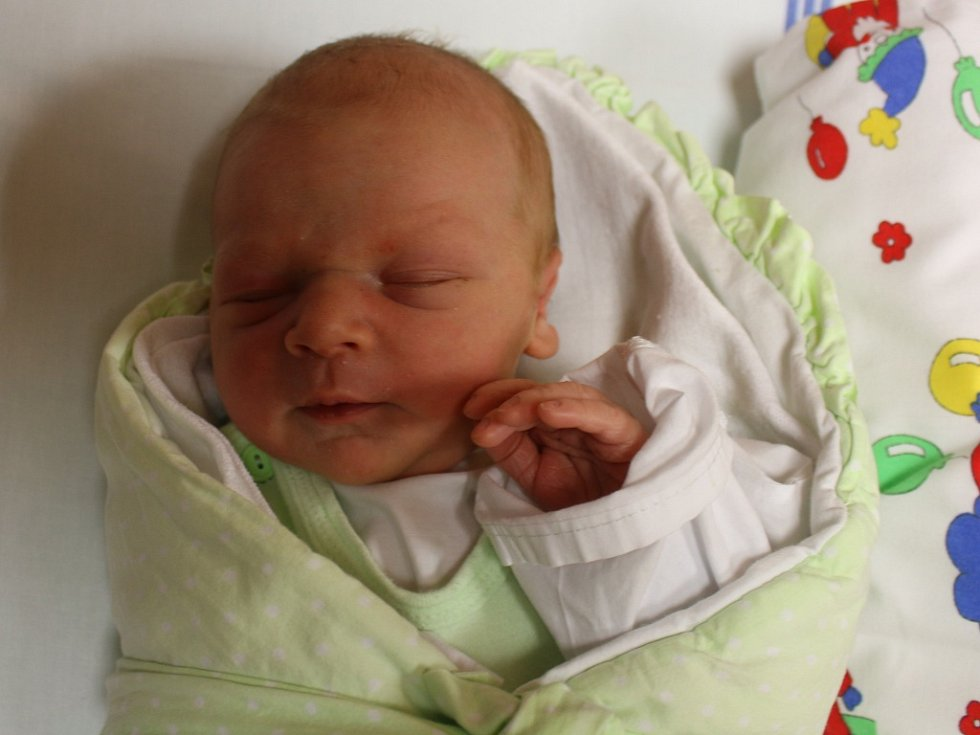 Tomáš Hejda se narodil v ústecké porodnici 25.1.2017 (22.45) Martině Kašíkové. Měřil 50 cm, vážil 3,21 kg.