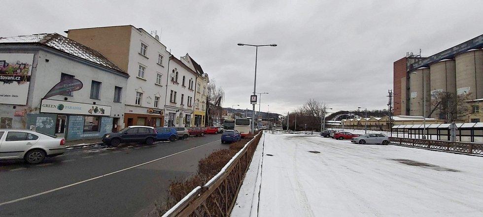 Obvod Střekov v Ústí nad Labem. Ke kruhové křižovatce