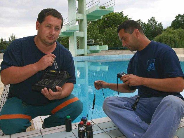 Strojníci mají kvalitu vody pod kontrolou