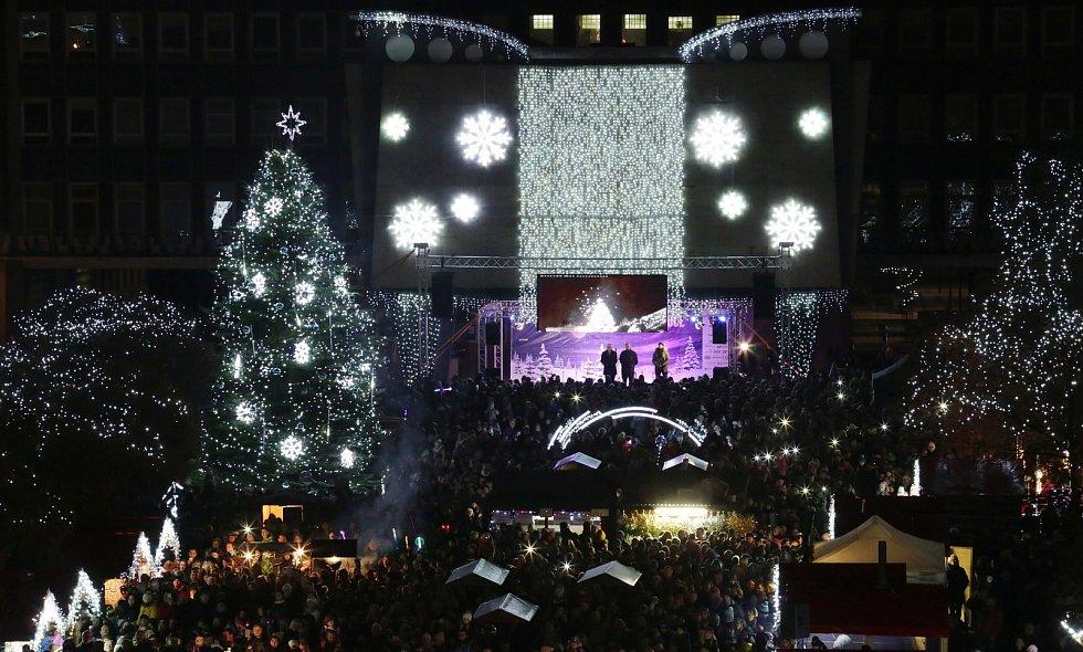 Rozsvícení vánočního stromu v Ústí nad Labem.