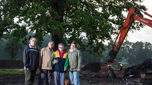 Dub Ochránce ve Višňové na Liberecku je starý 150 let.