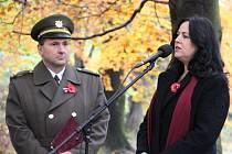 Vzpomínkové setkání u příležitosti Dne válečných veteránů se konalo v Městských sadech.