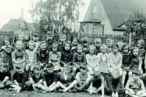 Tentokrát se podíváme, co prožívali v50. letech žáci obecné školy na Střekově