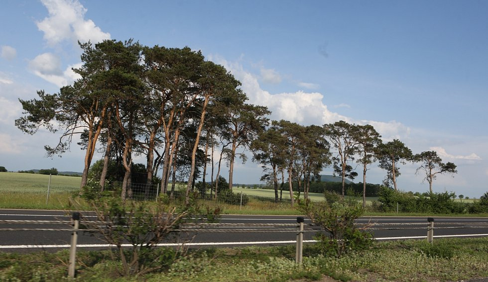 Místo u dálnice, kde beruška bývala je nyní prázdné.