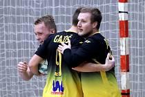 Futsalisté Rapidu Ústí nad Labem ilustrační. Tomáš Jelínek a Martin Gajdoš se radují z branky