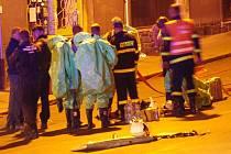 Únik chloru v budově zdevastovaných Vrbenského lázní na Střekově si vyžádal zásah hasičů v protichemickém obleku a uzavření dvou ulic.