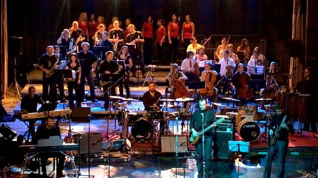 Vánoční koncert The Boom & Orchestra v Domě kultury Ústí. Letos bude opět.
