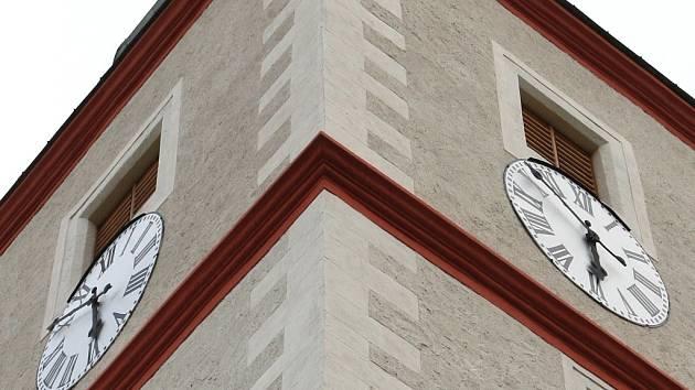 Hodiny na kostele sv. Floriána.