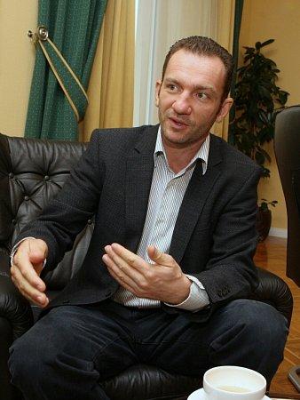 Interview sAlešem Grafem vznikalo vsídle společnosti vÚstí nad Labem.