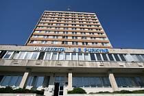 Budova starého rektorátu Univerzity J. E. Purkyně (UJEP).