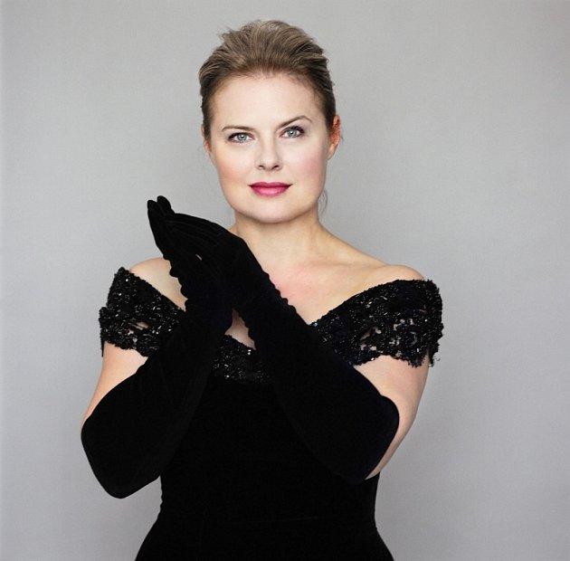 Vídeňská pěvkyně Ildikó Raimondi.