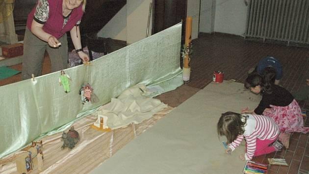 V Červeném kostele na děti čekaly i loutky