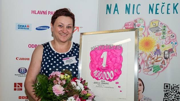Jaroslava Michalcová z Roudnice nad Labem zabodovala i na celorepublikové úrovni. Za originální zákusek Dortletka má v Rozjezdech roku 2014 odměnu, kterou investuje do své cukrárny.