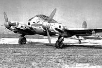 Messerschmitt 410A, stejný, jaký havaroval nedaleko Libova, posádka přežila bez zranění.