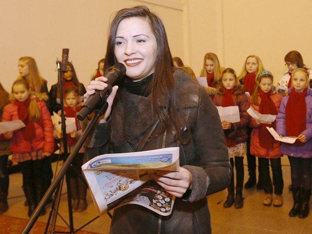Sabina Slepčíková na akci Česko zpívá koledy 2015.