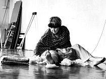 Inscenace 6-16: Untitled, která má českou premiéru  v Činoherním studiu Ústí.