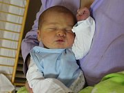 Filip Stejskal se narodil v ústecké porodnici 8.11.2016 (11.42) Barboře Stejskalové. Měřil 51 cm, vážil 3,83 kg.