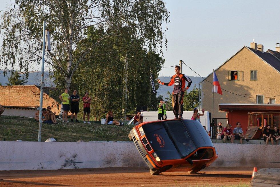 Kaskadérská show v Chabařovicích