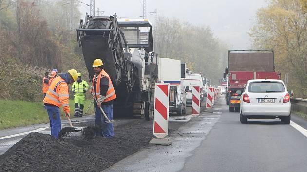 Oprava silnice, ilustrační foto.