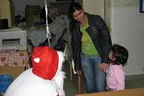 Čert s Mikulášem zavítali i do Českého červeného kříže