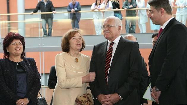 Václav Klaus při návštěvě Masarykovy nemocnice v Ústí nad Labem.