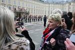 Vlasta Kozlerová z Duchcova (vpravo) vstávala kvůli inauguraci už ve 4 hodiny.