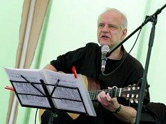Písničky od Nohavici zahraje Frank Viewegh.