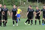 Fotbalisté Brné (černí) porazili v zahajovacím utkání krajského přeboru Kadaň (žlutomodří) 6:2