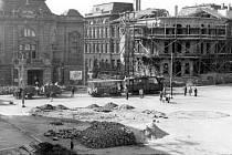 Ústecké divadlo v květnu 1945.