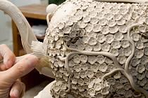 Pro milovníky porcelánu, a obzvláště toho míšeňského, pořádá Míšeňská porcelánová manufaktura 20. dubna Den otevřených dveří.