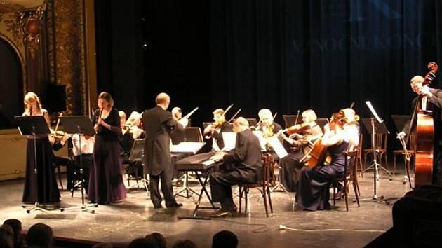 Bendův komorní orchestr bude hrát na zámku Velké Březno.