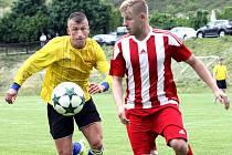 Fotbalisté Brné (žlutí) doma přehráli Srbice 6:3.